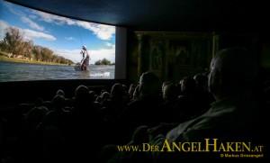 Fliegenfischen im Kino: Eindruck vom RISE Flyfishing Film Festival. Alle RISE Termine 2020 hier.